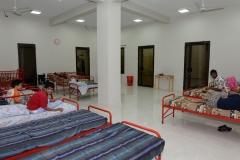 Slaapzaal-gehandicapte-jongens-pakistan-dar-ul-sukun